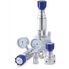Регуляторы давления для анализаторов и промышленной измерительной аппаратуры